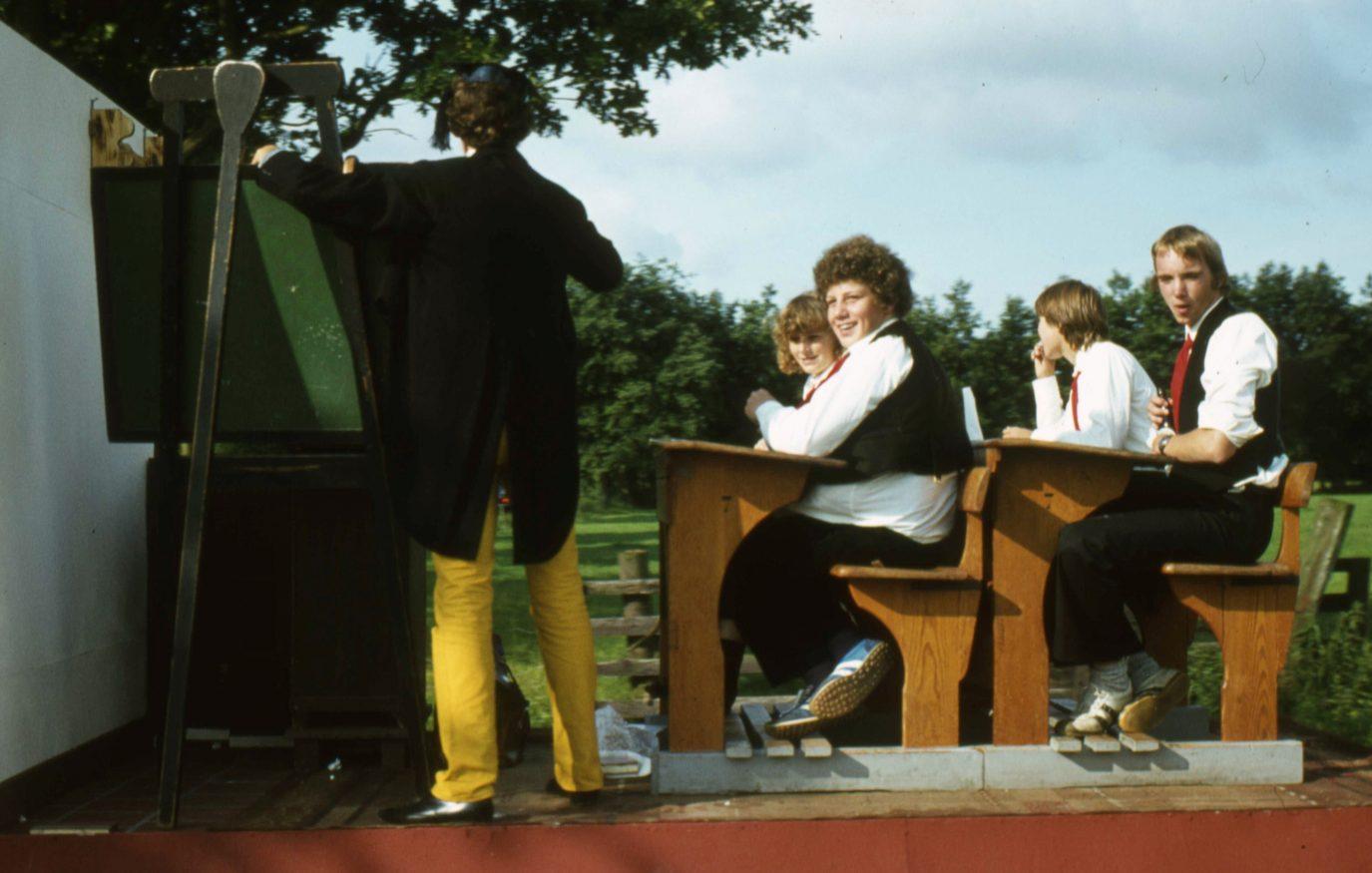 1982 aldtsjerk optocht057